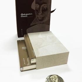《莎士比亚十四行诗——屠岸手迹》(屠岸先生签名钤印 限量编号纯黄铜深浮雕大铜章 中英对照手抄影印 礼盒纪念版)