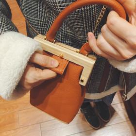 [屁侠.pippa] 木木的斜跨小包包 棕/黑/杏(预售)
