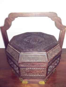 红酸枝提篮盒