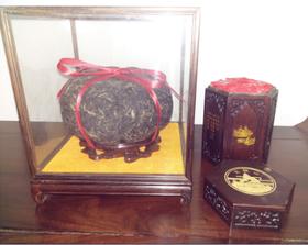 红酸枝六角盒