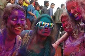 【尼泊尔洒红节】2月28-3月8日全民狂欢,上帝也为之疯狂的色彩盛宴(9天8晚)