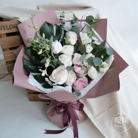 【雨落春寒】白玫瑰粉雪山送礼花束