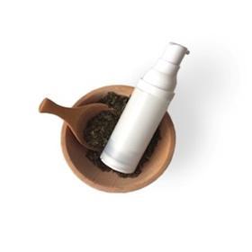防晒霜:不泛白、肤感佳,给肌肤零负担!