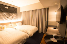 【去日本看樱花节!】日本大阪时尚SHE酒店双床房+加长林肯接送+免费厨房