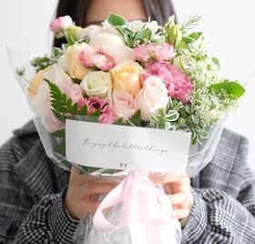 【白色潜望镜】洋牡丹粉玫瑰鲜花花束