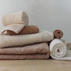 有机棉毛巾,不使用柔顺剂,贴近肌肤更安全。