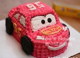 小汽车水果蛋糕