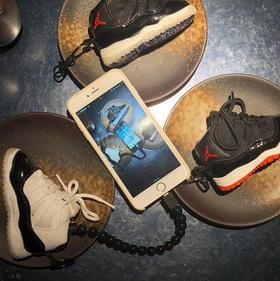 乔丹AJ11迷你卡通鞋子创意个性便携苹果适用电源8000毫安充电宝