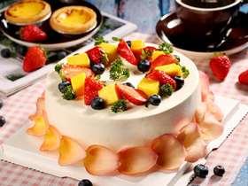 浪漫花瓣水果蛋糕