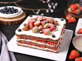 方形巧克力草莓裸蛋糕