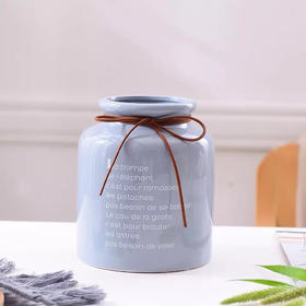 北欧陶瓷花瓶