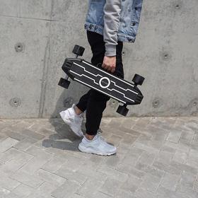 【预售5月30日】ZETAZS新概念便携电动滑板 轻量车身丨超长续航丨城市穿梭的刷街利器