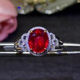 鸽血红宝戒指