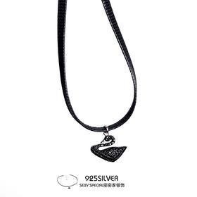 密密家925纯银黑天鹅吊坠项圈女颈带短款黑色皮绳项链颈链锁骨链