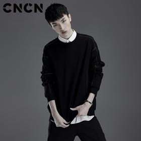 CNCN男装 春季针织料落肩袖卫衣 男圆领长袖黑色简约T恤CNDH10950