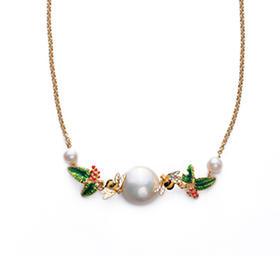 珍珠蜜蜂绿叶项链