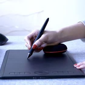 RestMe减压磁悬浮腕托丨360度磁悬浮设计丨办公鼠标伴侣丨释放腕部压迫