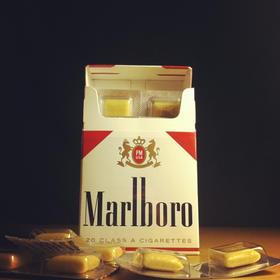 英国品牌nicorette力克雷尼古丁口香糖 出口俄罗斯2盒装