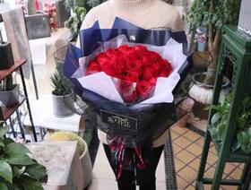 三生三世33朵红玫花束