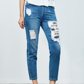 破洞棉质米奇装饰牛仔裤