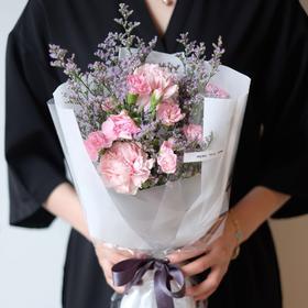 【康乃馨、多丁】康乃馨多丁情人草鲜花花束