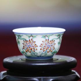 睿延斋 仿乾隆青花斗彩并蒂莲纹杯