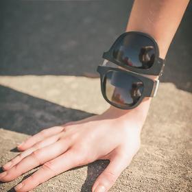 A【出行必备】抖音同款可折叠太阳眼镜潮流啪啪圈偏光手环眼镜运动户外骑行墨镜