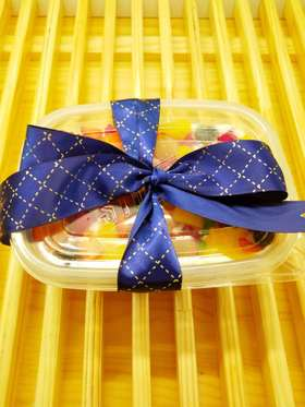 什锦鲜果盒(爸爸 我爱你)  进口稀奶油与鲜果是完美的健康结合