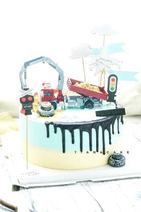 挖掘机 男孩玩具款奶油蛋糕