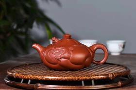 紫砂壶:鱼化龙
