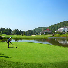 NO.1 清迈艾潘高尔夫俱乐部 Alpine Golf Resort Chiang Mai