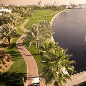 迪拜克里克高尔夫球场 Dubai Creek Golf Yacht Club