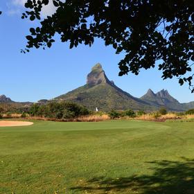 塔玛丽娜高尔夫俱乐部 Tamarina Golf Club