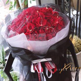 99朵A级卡罗拉红玫瑰花束