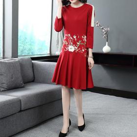 JS52816民族风重工刺绣连衣裙