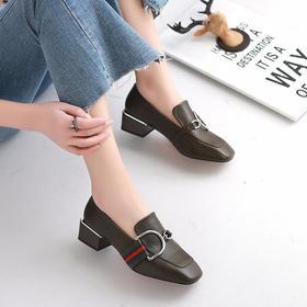 LN688-26英伦舒适低跟皮鞋