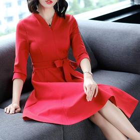 AHM50374ym优雅气质纯色连衣裙
