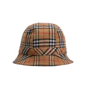 Burberry Gosha 渔夫帽