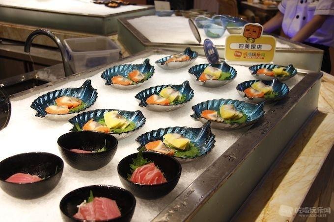 雍容荟海鲜自助午餐原价399元现仅需239元