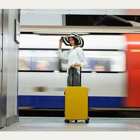 「红点设计奖产品」ITO设计师品牌拉杆箱 Ginkgo系列 万向轮PC旅行箱 斜条纹 光面磨砂