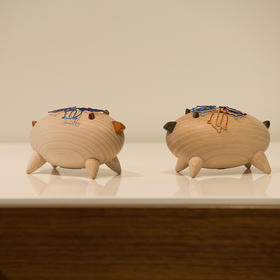 北欧风格  魔力猪  丹麦木偶摆件  木质家居  创意生日礼物