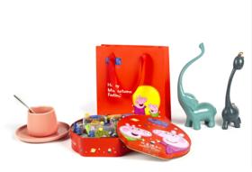 【众星捧月】小猪佩奇众星捧月(酱心月饼礼盒),中秋节也给您的孩子一个惊喜吧!