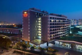 上海夏阳湖皇冠假日酒店会员优惠 ¥2088起