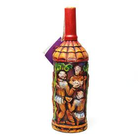 格鲁吉亚陶罐浮雕葡萄酒