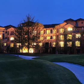 蒲江嘉年CEO度假酒店独栋5房别墅+早餐10份+大溪谷高尔夫体验10份+免费儿童乐园