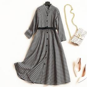 2018女装连衣裙秋冬新款立领长袖高腰显瘦格纹气质通勤中长裙7048