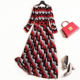 针织连衣裙2018秋冬新款女装圆领长袖高腰显瘦格纹淑女风长裙7326