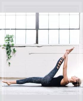 延伸七分裤 加拿大瑜伽树yogatree