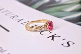 COVET MODE & LONIT   18k镶粉蓝宝石钻石复古款戒指