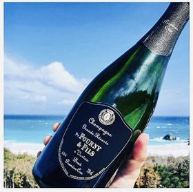 烘云托月 - 香槟与鱼子酱的舌尖碰撞